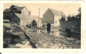 Road Laying 1931